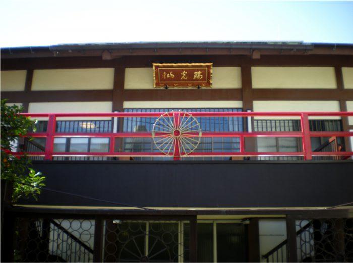 月州寺本堂