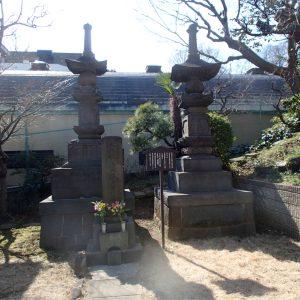 文化四年永代橋崩落横死者供養塔及び石碑