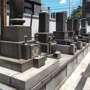 雄松院 墓地