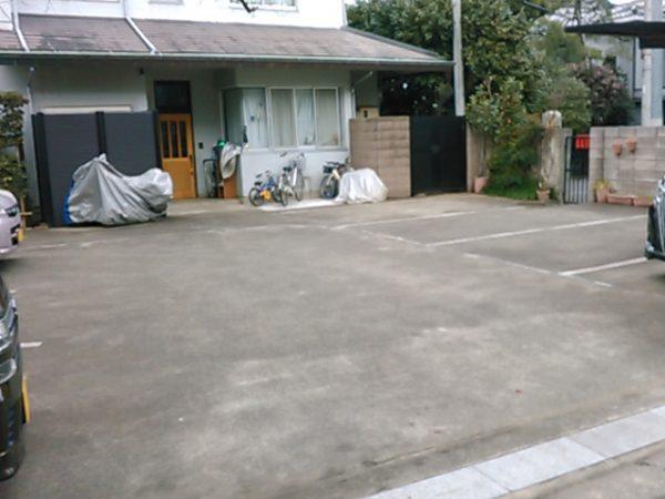 傳久寺 駐車場